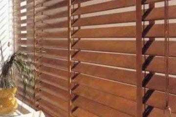 Cách vệ sinh rèm sáo gỗ hiệu quả